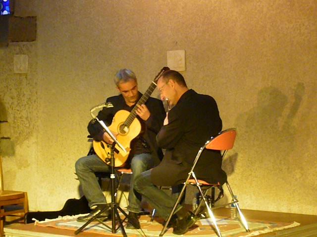 Nicolas Primault (guitare) et Rémi Pasquet (flûte)
